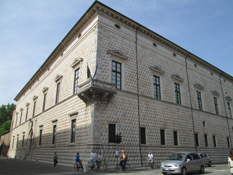 palazzo bugnato
