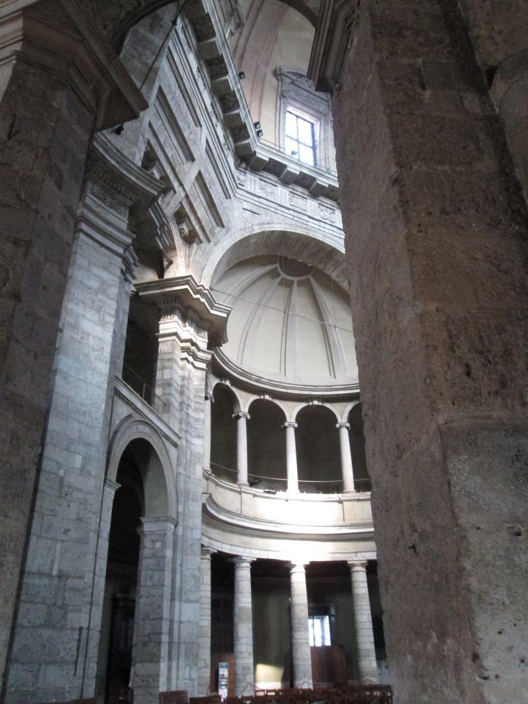interno basilica s.lorenzo